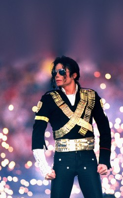 Michael Jackson Performs At Super Bowl XXVII Halftime Show - January 31, 1993