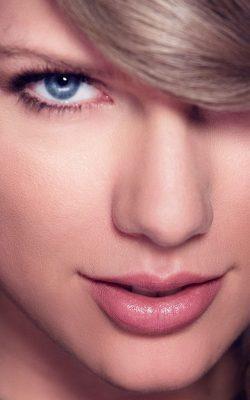 hm25-taylor-swift-face-singer-celebrity