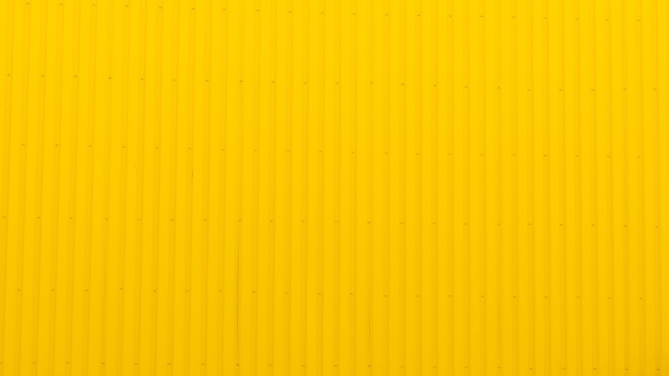 yellow wallpaper essays paper Essay descent into madness charlotte perkins gilman's, the yellow wallpaper is the story of a woman's descent into madness as the result of being isolated as a form of &quottreatment&quot when suffering from post-partum depression.