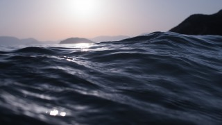 mt82-sea-dive-wave-dark-summer-ocean-nature