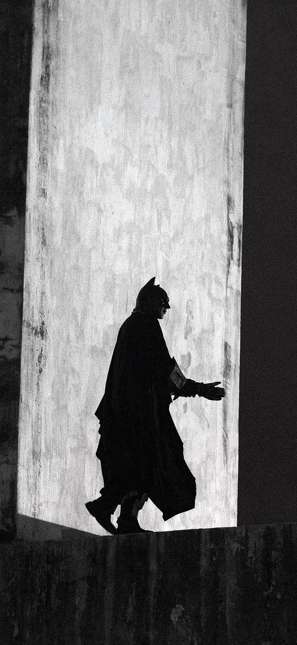 iPhoneXpapers.com-Apple-iPhone-wallpaper-aa48-batman-street-art-dark-hero