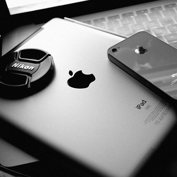 iPapers.co-Apple-iPhone-iPad-Macbook-iMac-wallpaper-aa72-apple-products-art