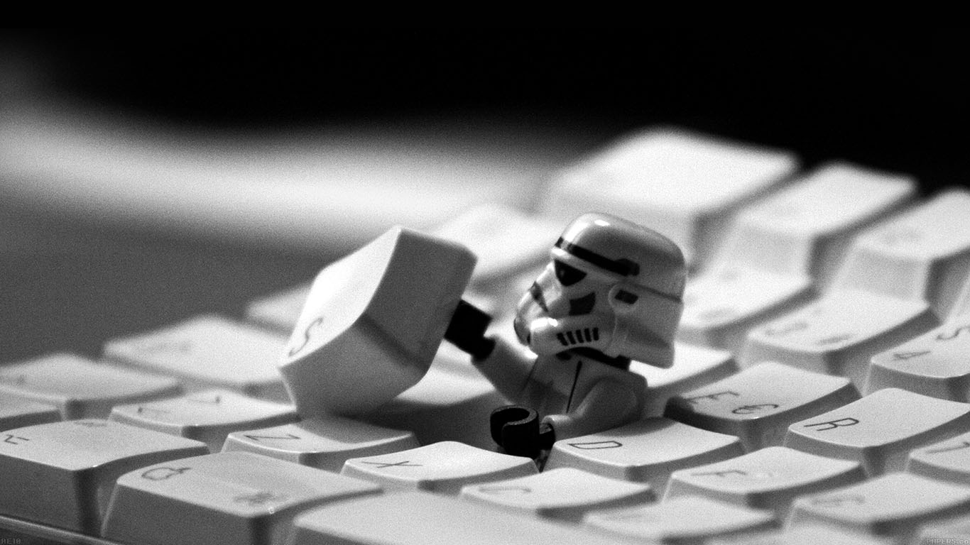 iPapers.co-Apple-iPhone-iPad-Macbook-iMac-wallpaper-ae10-storm-trooper-starwars-keyboard-film