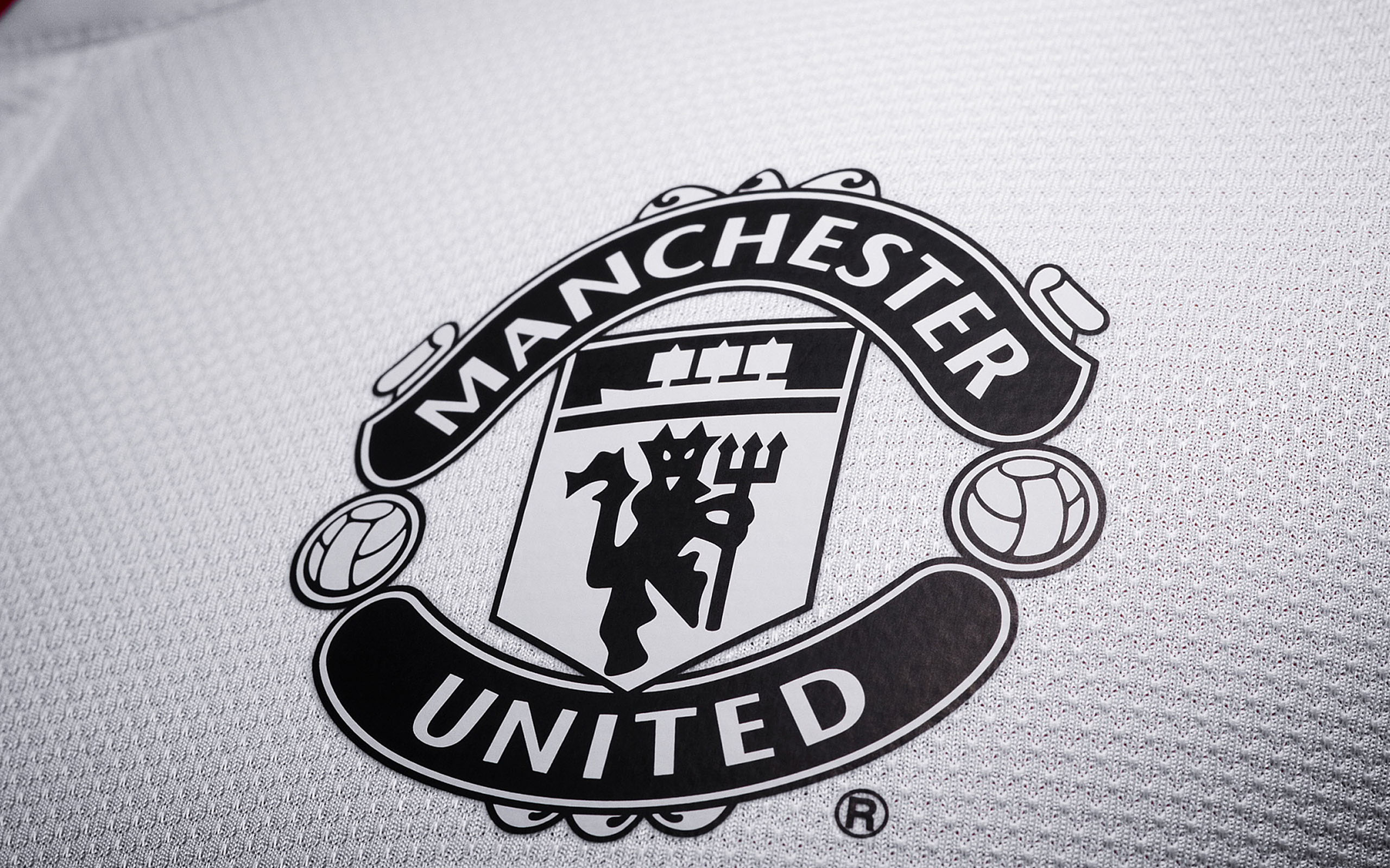 Ae21 Manchester United Uniform Logo Epl Papers Co