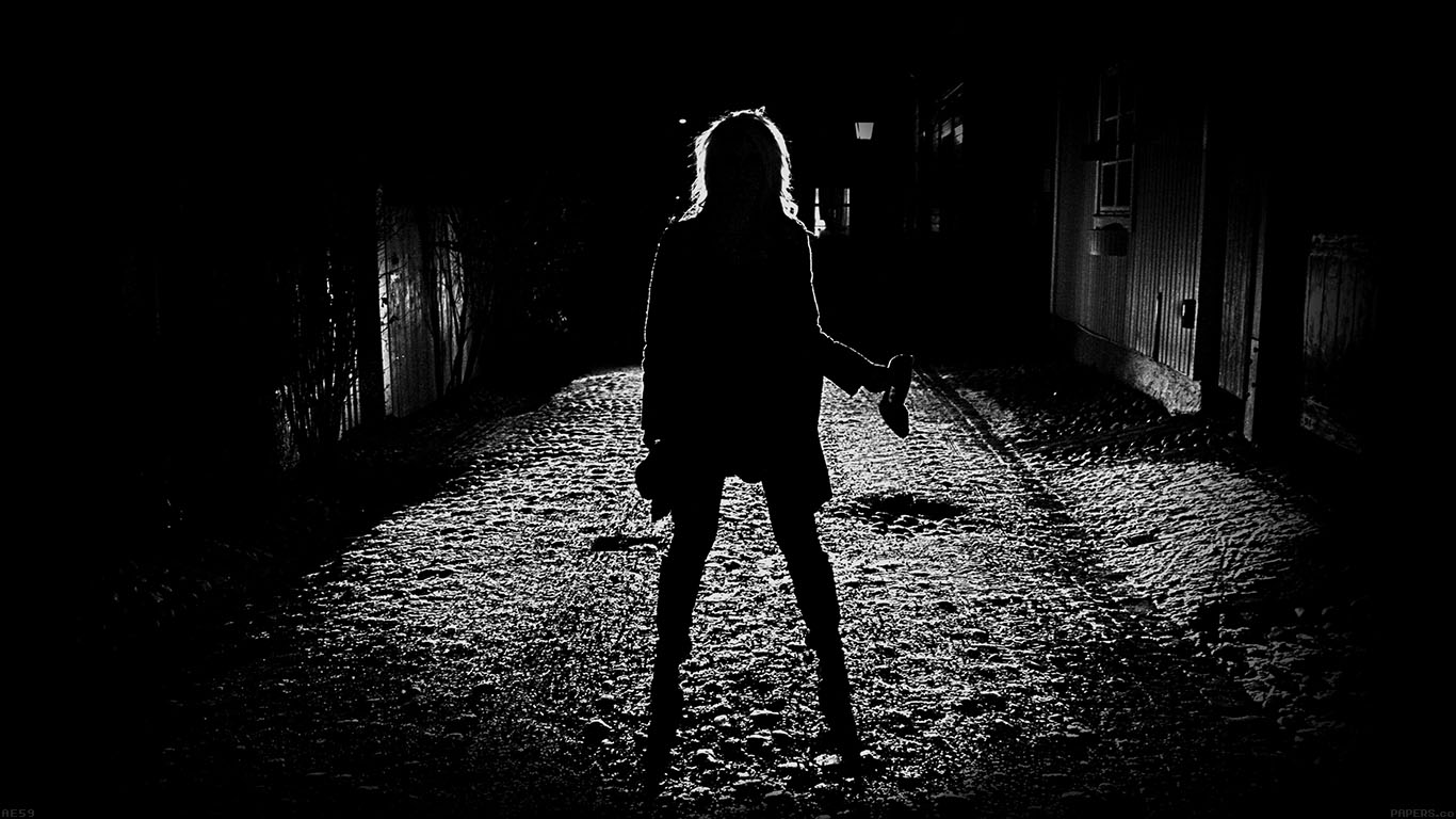 iPapers.co-Apple-iPhone-iPad-Macbook-iMac-wallpaper-ae59-girl-silhouette-dark-street-scary-maybe-wallpaper