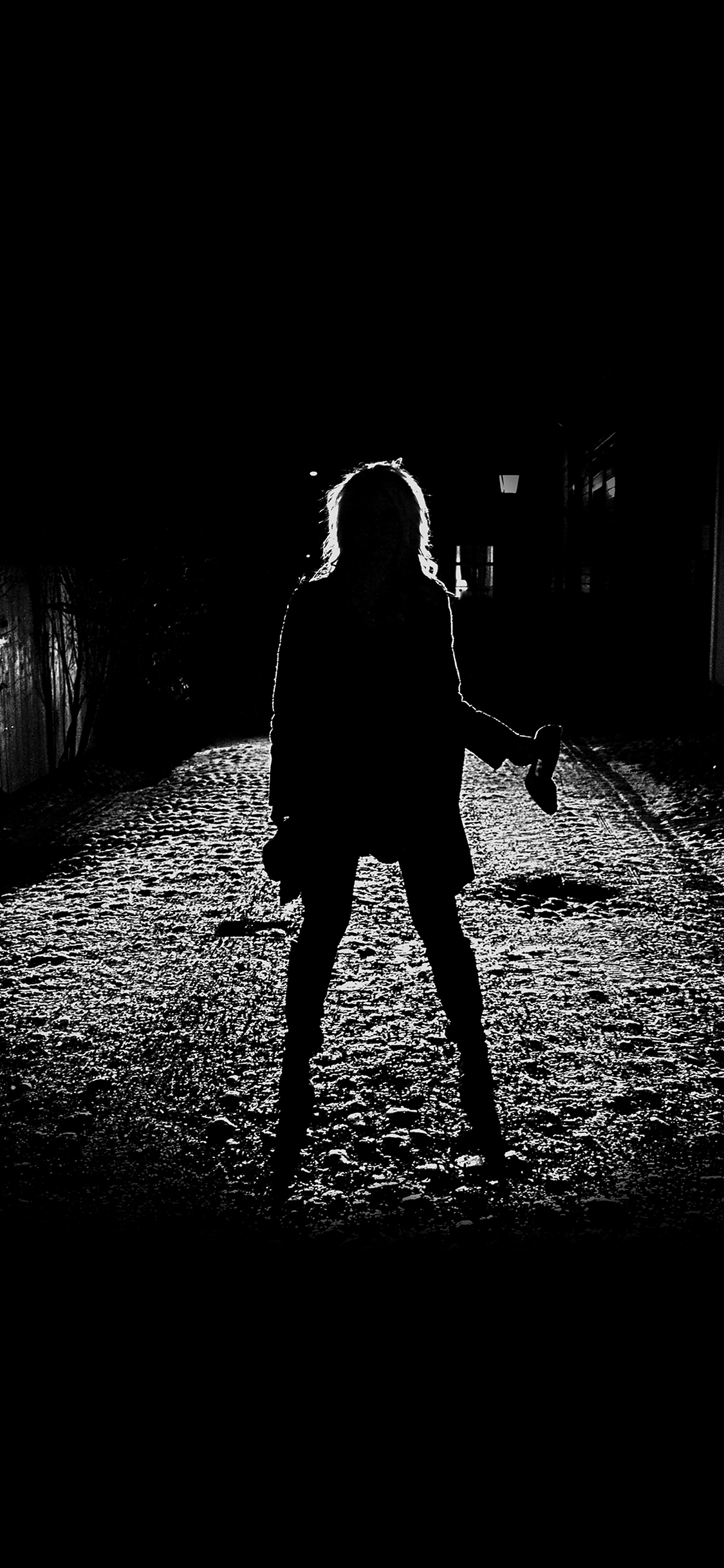 iPhoneXpapers.com-Apple-iPhone-wallpaper-ae59-girl-silhouette-dark-street-scary-maybe