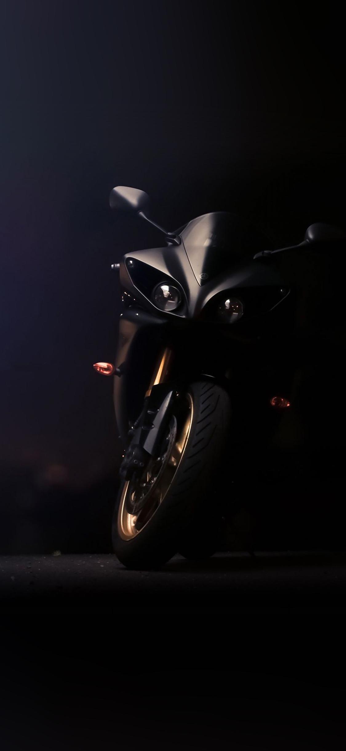 Af47 Yamaha Ride Motorbike Wallpaper