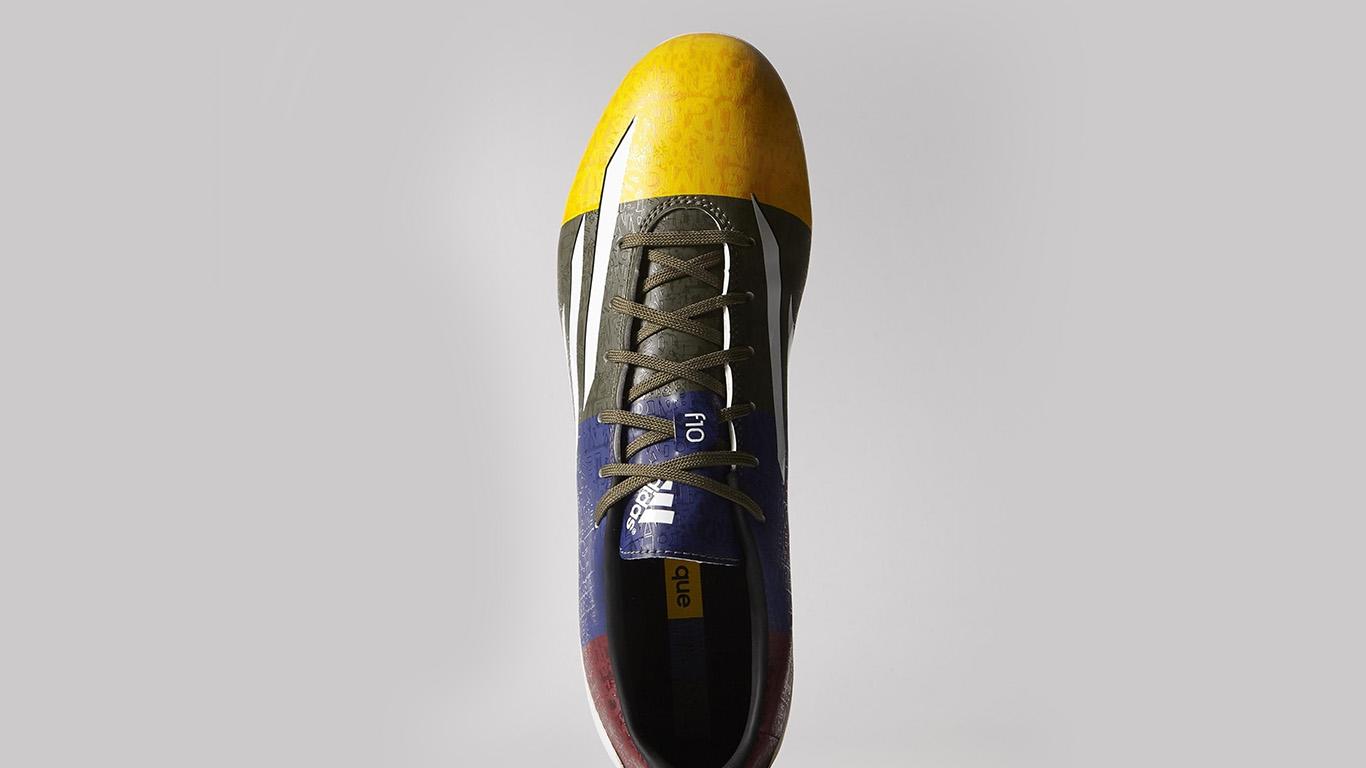desktop-wallpaper-laptop-mac-macbook-airam56-adidas-shoes-soccer-sports-logo-wallpaper