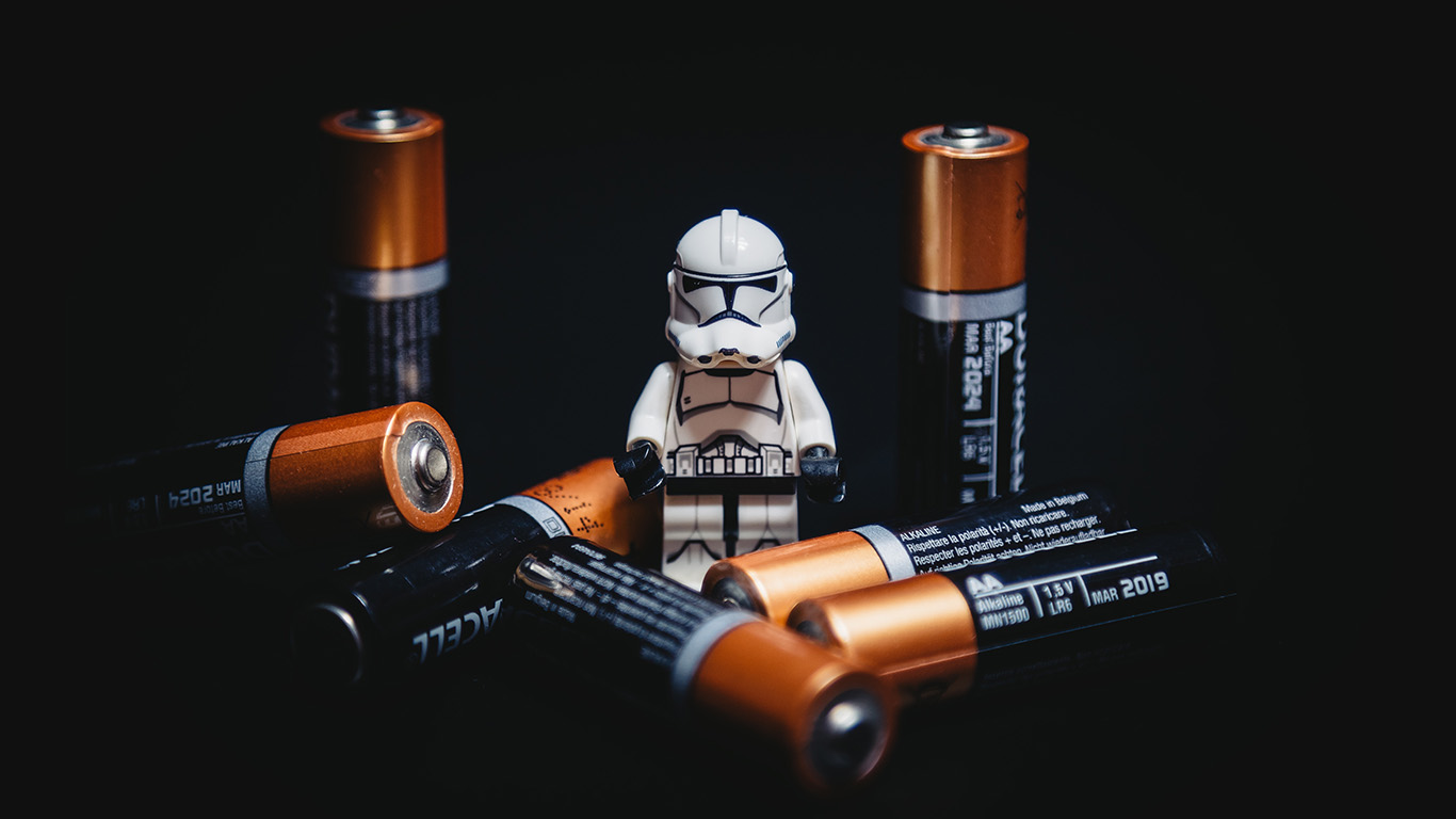 desktop-wallpaper-laptop-mac-macbook-air-ao92-starwars-toy-battery-cute-startroopers-art-wallpaper