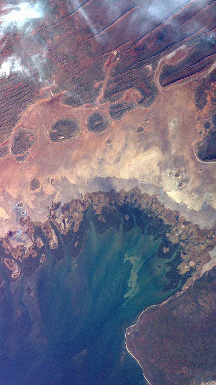 iPhone6papers.co-Apple-iPhone-6-iphone6-plus-wallpaper-at64-earthview-satellite-map-sea-land-art-illustration