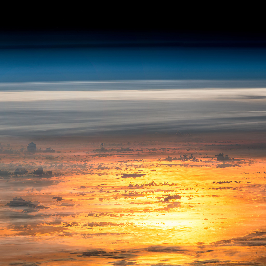 wallpaper-at66-sunset-sky-from-space-art-earthview-illustration-wallpaper