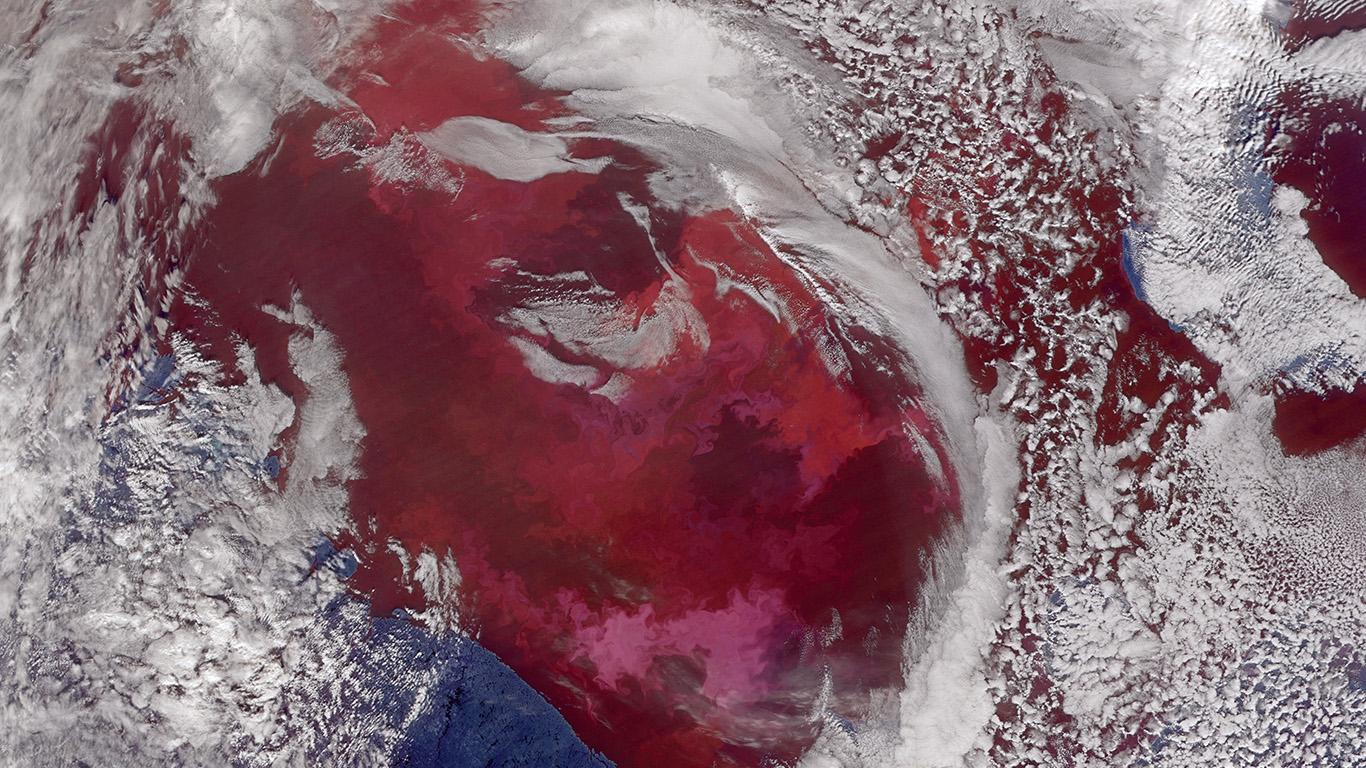 desktop-wallpaper-laptop-mac-macbook-air-av52-earthview-sea-cloud-red-white-nature-wallpaper