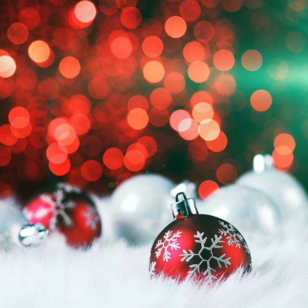 iPapers.co-Apple-iPhone-iPad-Macbook-iMac-wallpaper-av73-christmas-bokeh-holiday-red-illustration-art-flare-wallpaper