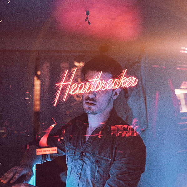 iPapers.co-Apple-iPhone-iPad-Macbook-iMac-wallpaper-ay95-heartbreaker-neon-city-illustration-art-flare-wallpaper