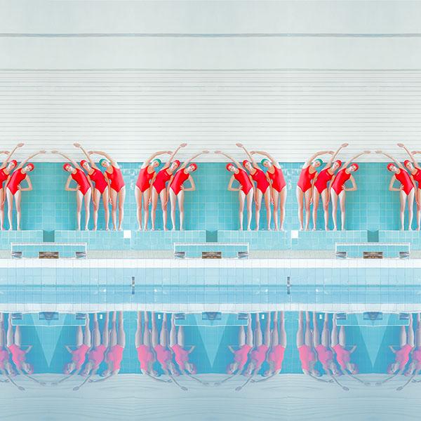 iPapers.co-Apple-iPhone-iPad-Macbook-iMac-wallpaper-ba68-swim-girls-illustration-art-wallpaper