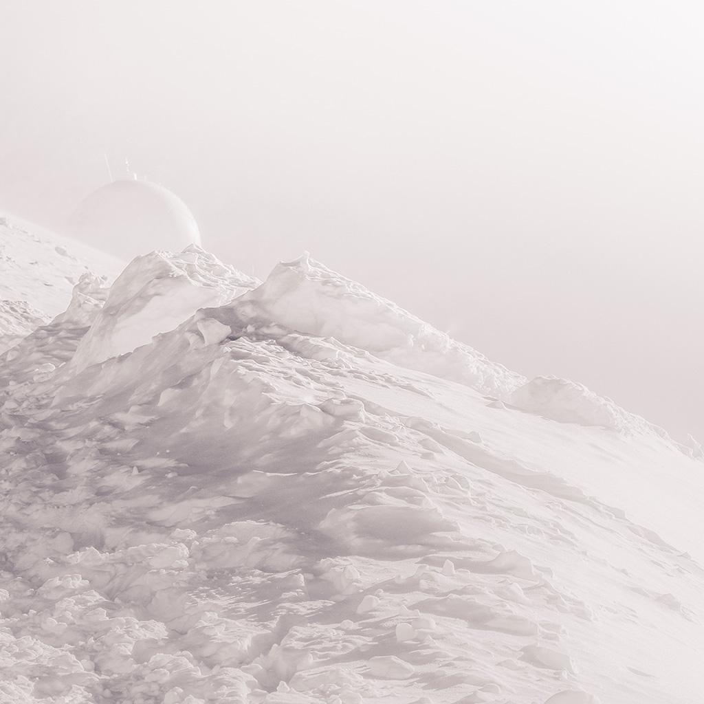 android-wallpaper-bb31-white-sepia-mountain-bubble-minimal-illustration-art-wallpaper