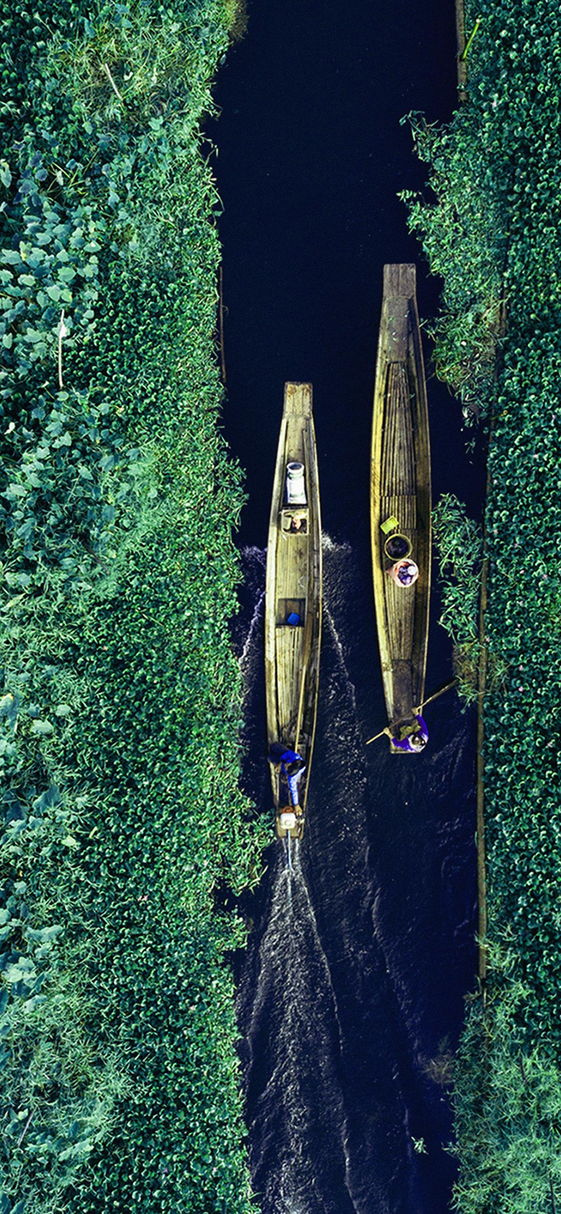 iPhonexpapers.com-Apple-iPhone-wallpaper-bb33-earthview-green-sky-illustration-art-blue