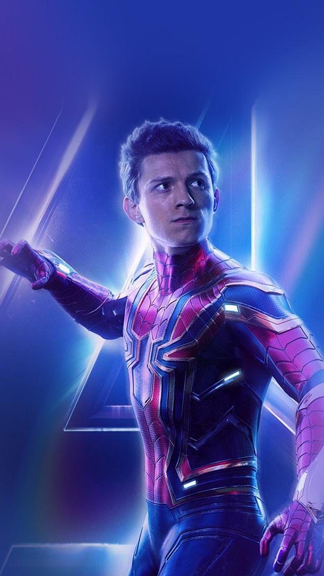 freeios8.com-iphone-4-5-6-plus-ipad-ios8-be92-spiderman-suit-avengers-infinitywar-marvel-hero-art-film