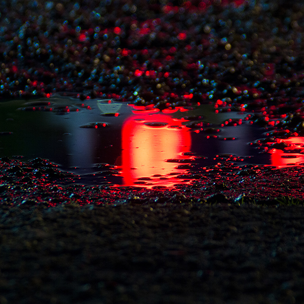 iPapers.co-Apple-iPhone-iPad-Macbook-iMac-wallpaper-bf60-rain-red-bokeh-water-asphalt-art-light-wallpaper