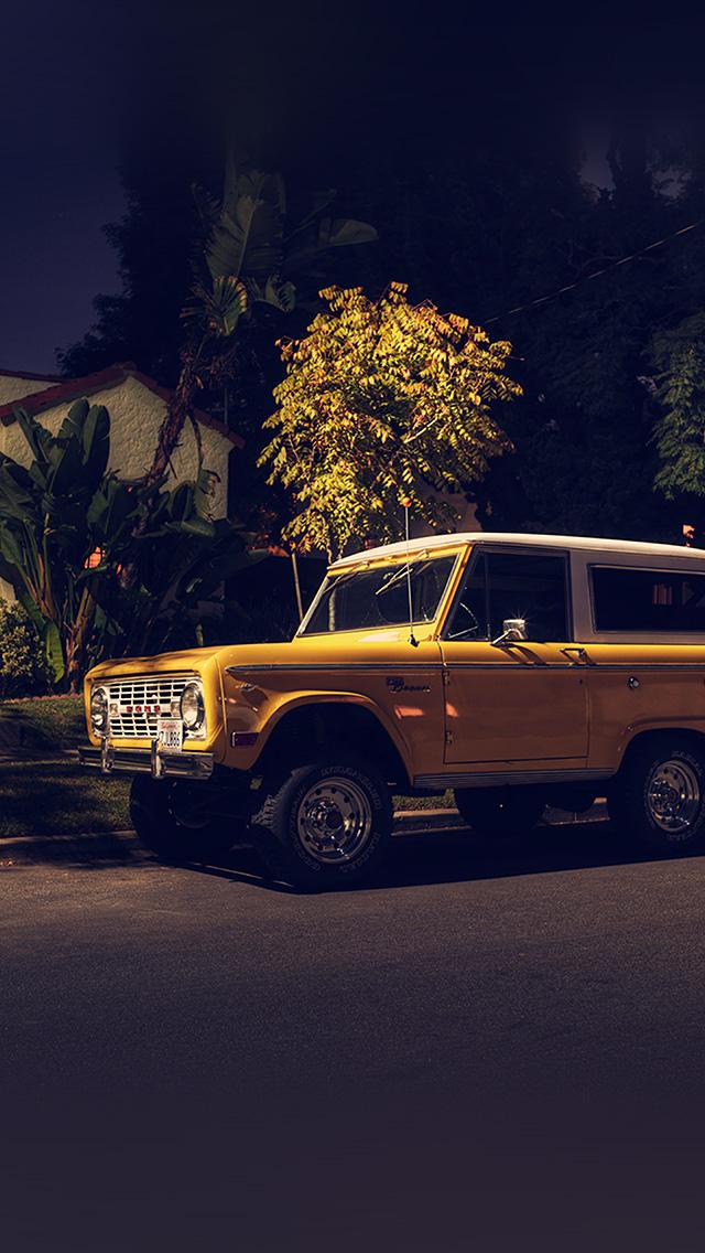 freeios8.com-iphone-4-5-6-plus-ipad-ios8-bf64-car-jeep-night-photo-city-art