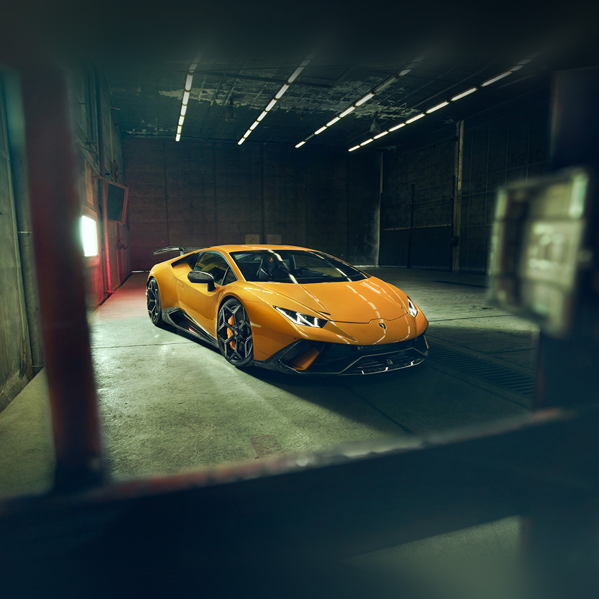 Bf66 Lamborghini Yellow Car Garage Art Wallpaper