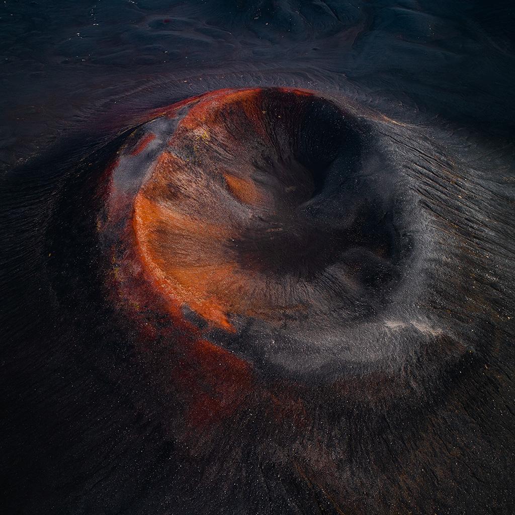 wallpaper-bh04-fire-mountain-dust-nature-art-wallpaper