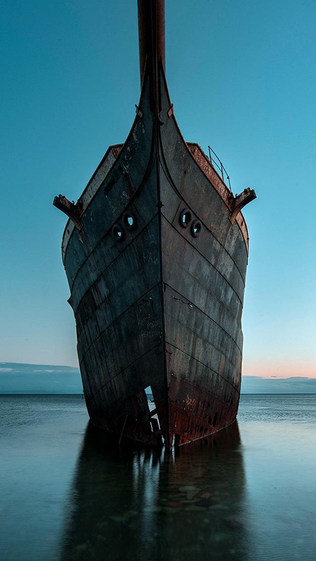 freeios8.com-iphone-4-5-6-plus-ipad-ios8-bh28-boat-ship-sea-blue-art