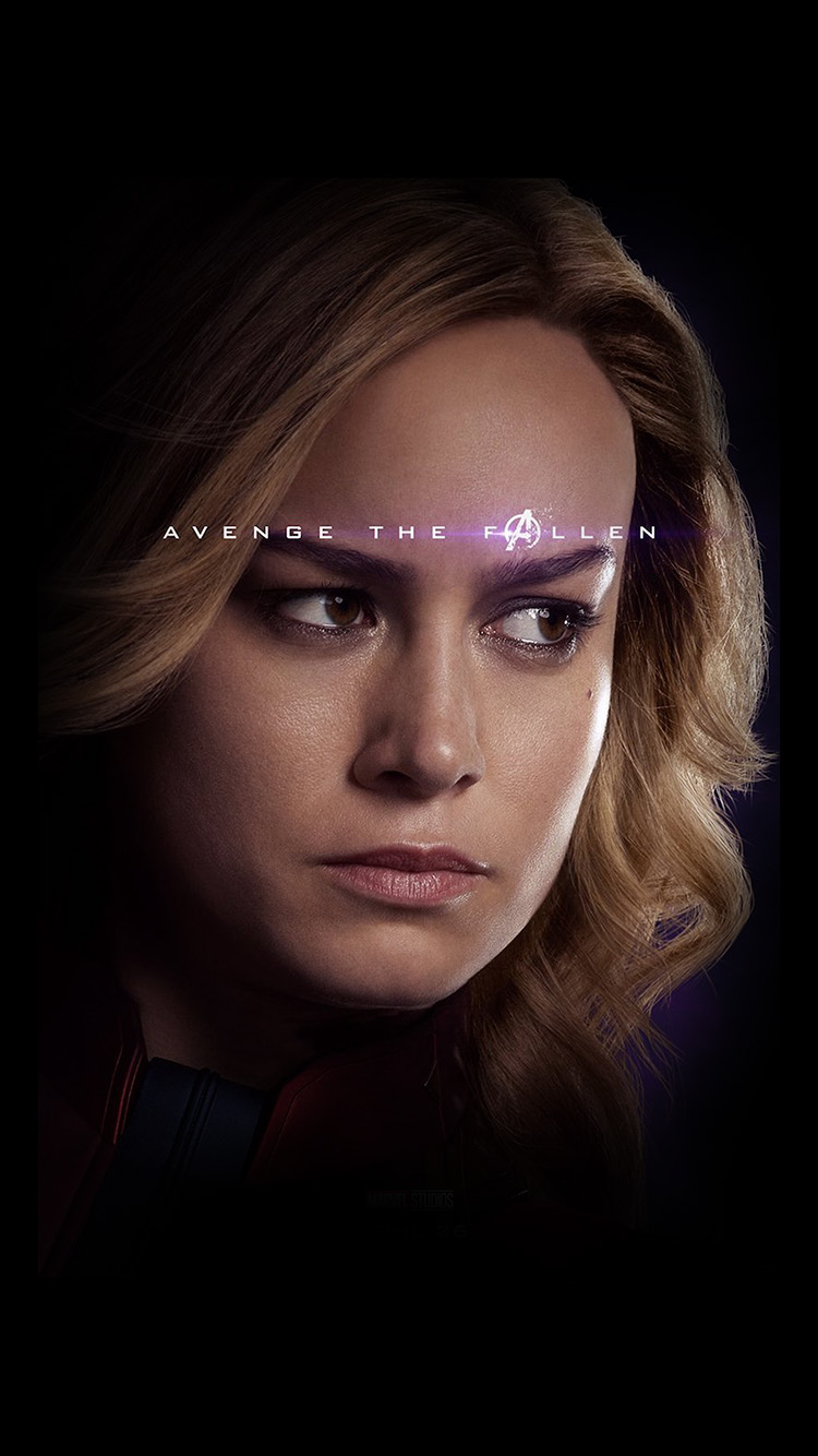 iPhone7papers.com-Apple-iPhone7-iphone7plus-wallpaper-bi50-captain-marvel-endgame-avengers-hero-film-art
