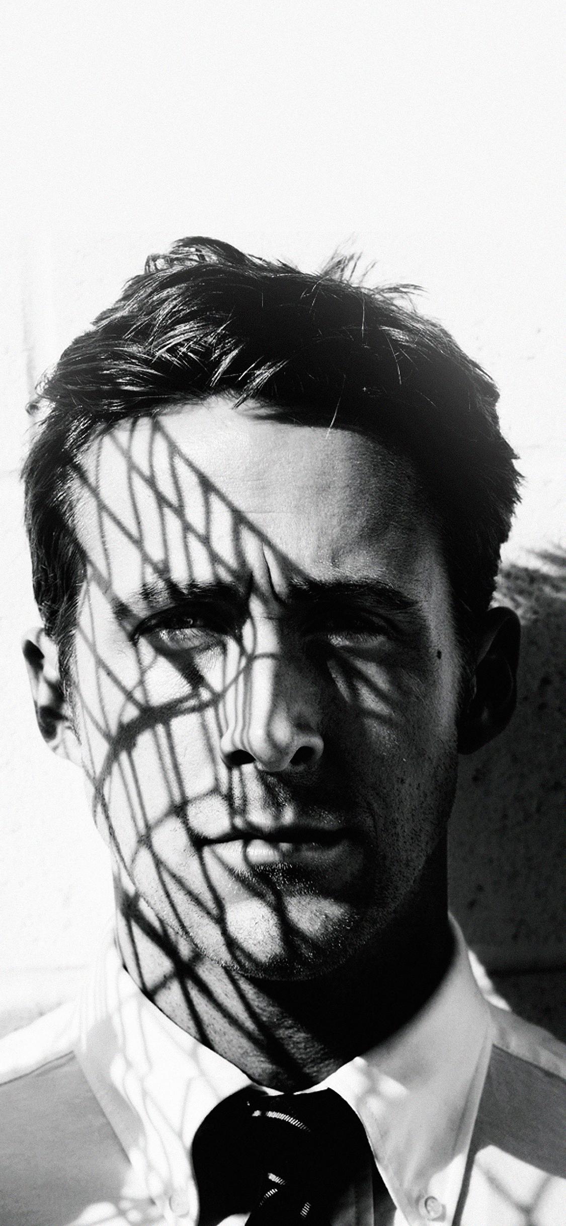 iPhoneXpapers.com-Apple-iPhone-wallpaper-ha81-wallpaper-ryan-gosling-actor-face