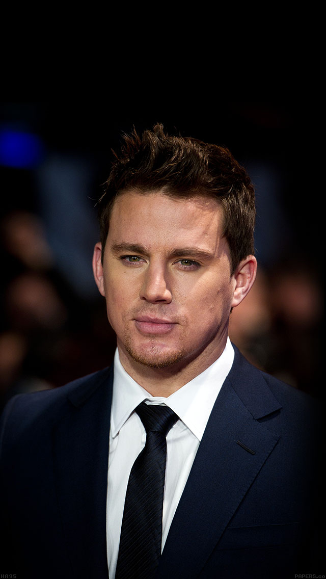 freeios8.com-iphone-4-5-6-ipad-ios8-ha95-wallpaper-channing-tatum-film-hollywood-face