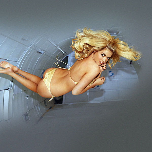 iPapers.co-Apple-iPhone-iPad-Macbook-iMac-wallpaper-hb34-wallpaper-kate-upton-fly-air-sports-illustrated-sexy