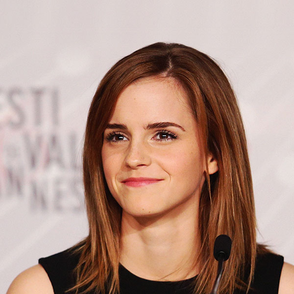 iPapers.co-Apple-iPhone-iPad-Macbook-iMac-wallpaper-hb36-wallpaper-emma-watson-smile-cannes-film-girl