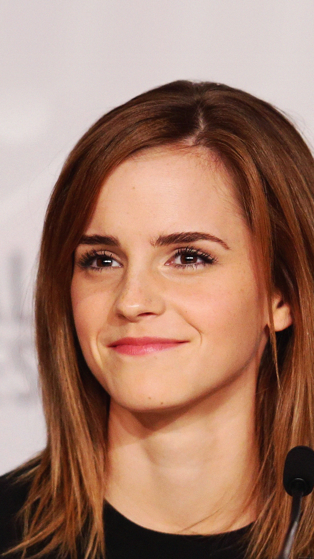 iphone6papers - hb36-wallpaper-emma-watson-smile-cannes-film-girl