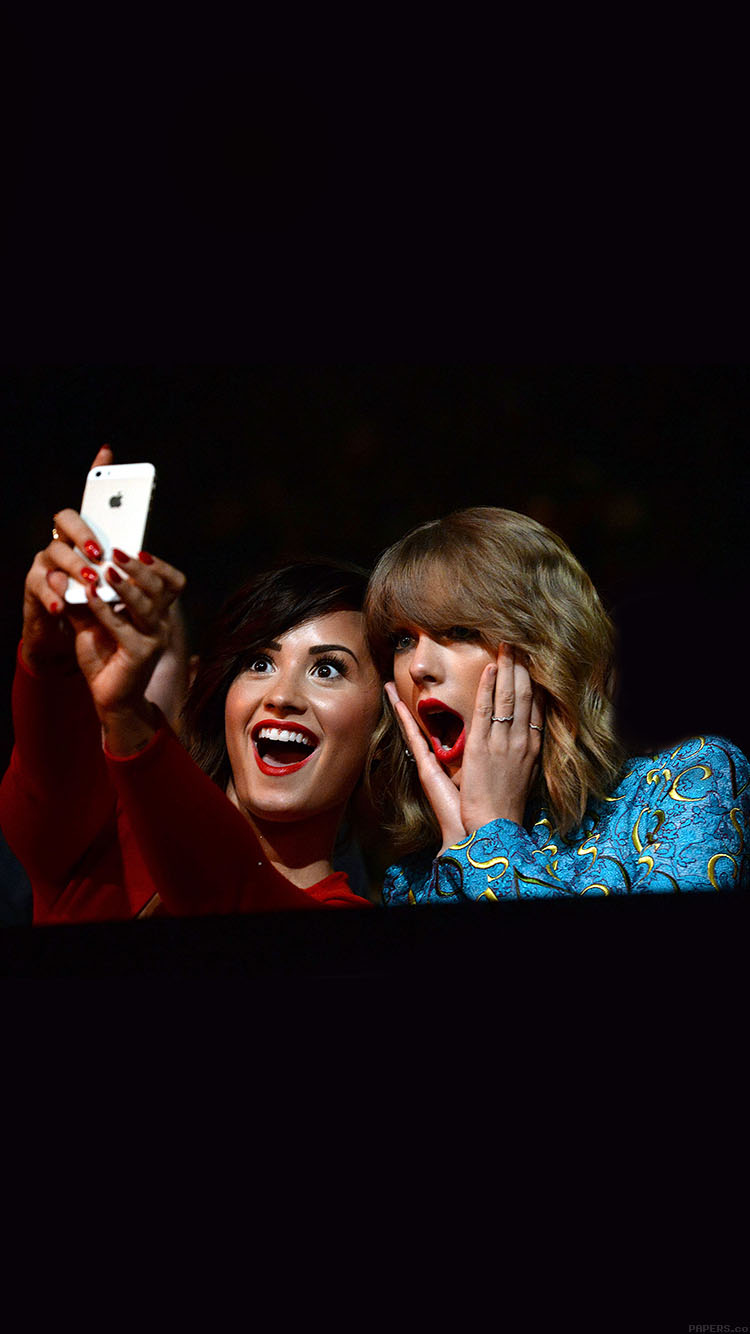 iPhone6papers.co-Apple-iPhone-6-iphone6-plus-wallpaper-hb37-wallpaper-demi-lavato-taylor-swift-cam-girls