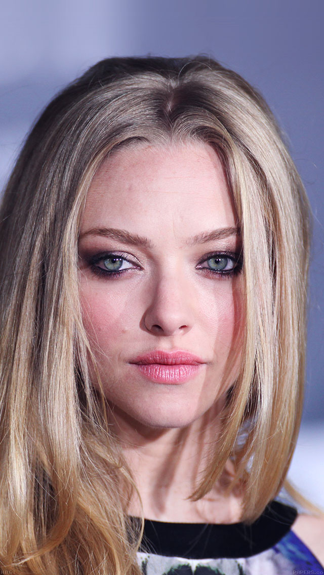 freeios8.com-iphone-4-5-6-ipad-ios8-hb61-amanda-seyfried-watching