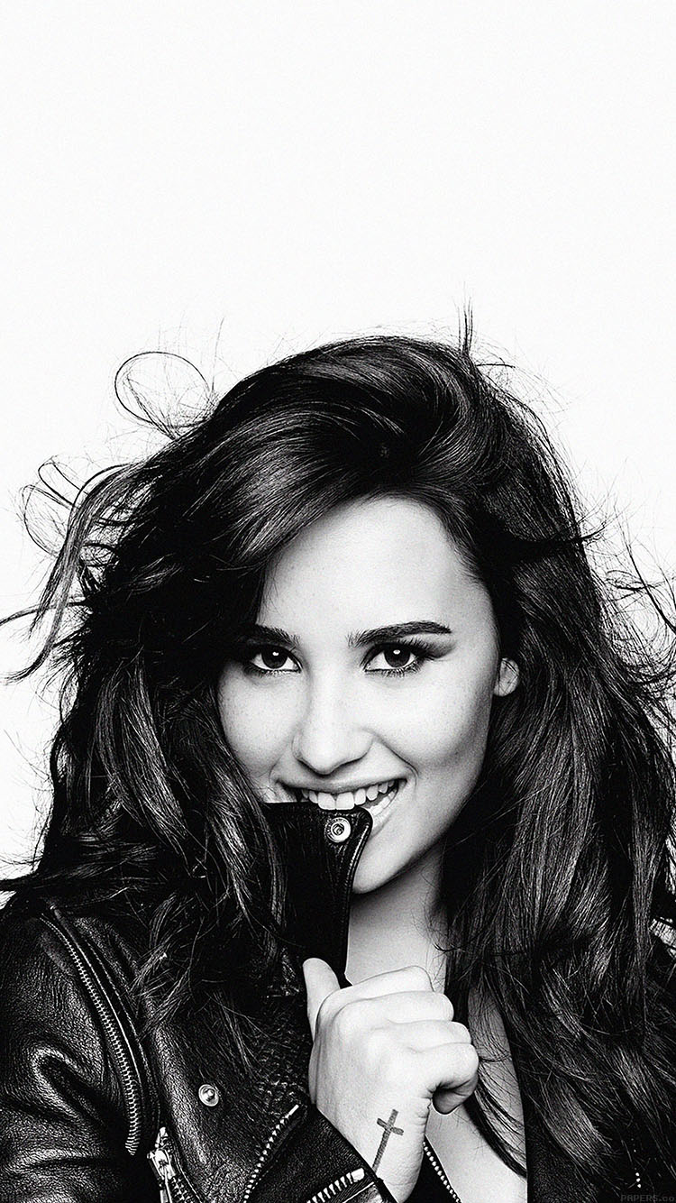 iPhone6papers.co-Apple-iPhone-6-iphone6-plus-wallpaper-hb68-demi-lovato-in-bw