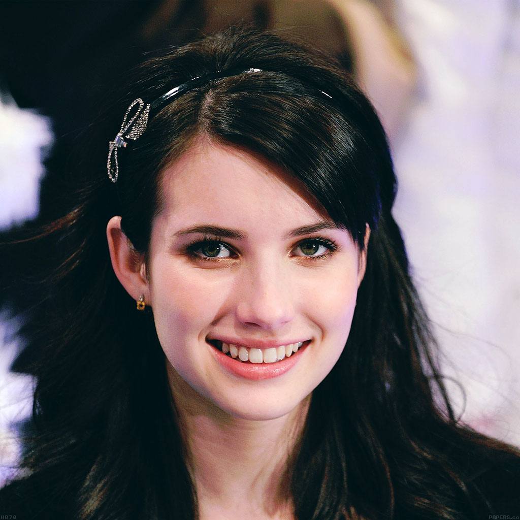 android-wallpaper-hb70-emma-roberts-smile-wallpaper