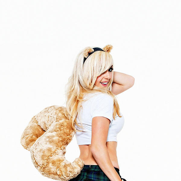 iPapers.co-Apple-iPhone-iPad-Macbook-iMac-wallpaper-hb74-jessica-nigiri-cosplay-celebrity