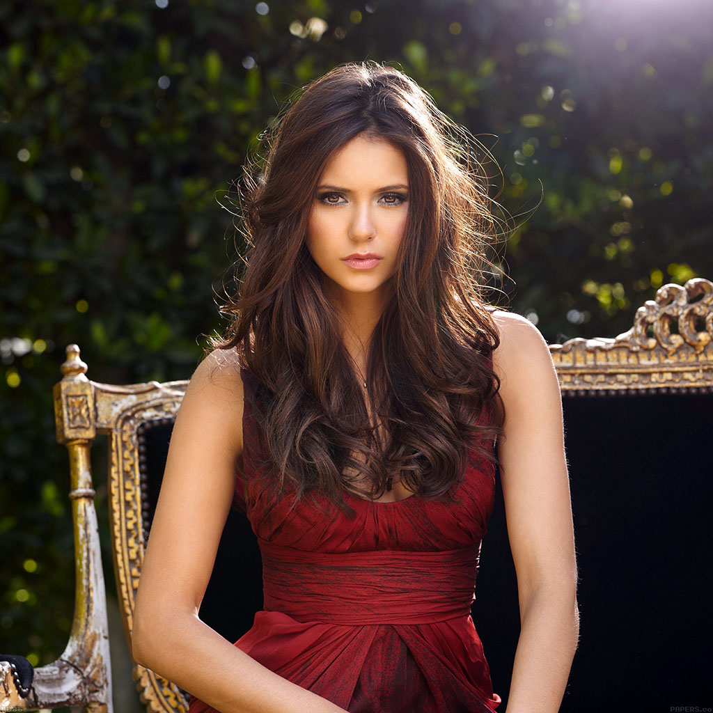Nina Dobrev Wallpaper: Hb86-nina-dobrev-actress-cute