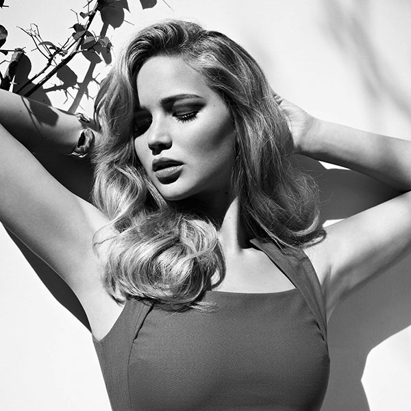 iPapers.co-Apple-iPhone-iPad-Macbook-iMac-wallpaper-hb88-jennifer-lawrence-posing-sexy