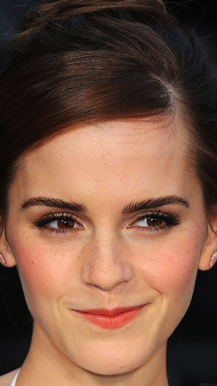 iPhonepapers.com-Apple-iPhone8-wallpaper-hc05-emma-watson-smiling-noah