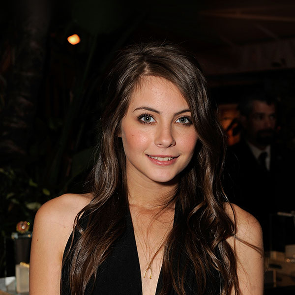 iPapers.co-Apple-iPhone-iPad-Macbook-iMac-wallpaper-hc38-willa-holand-celebrity-star-actress