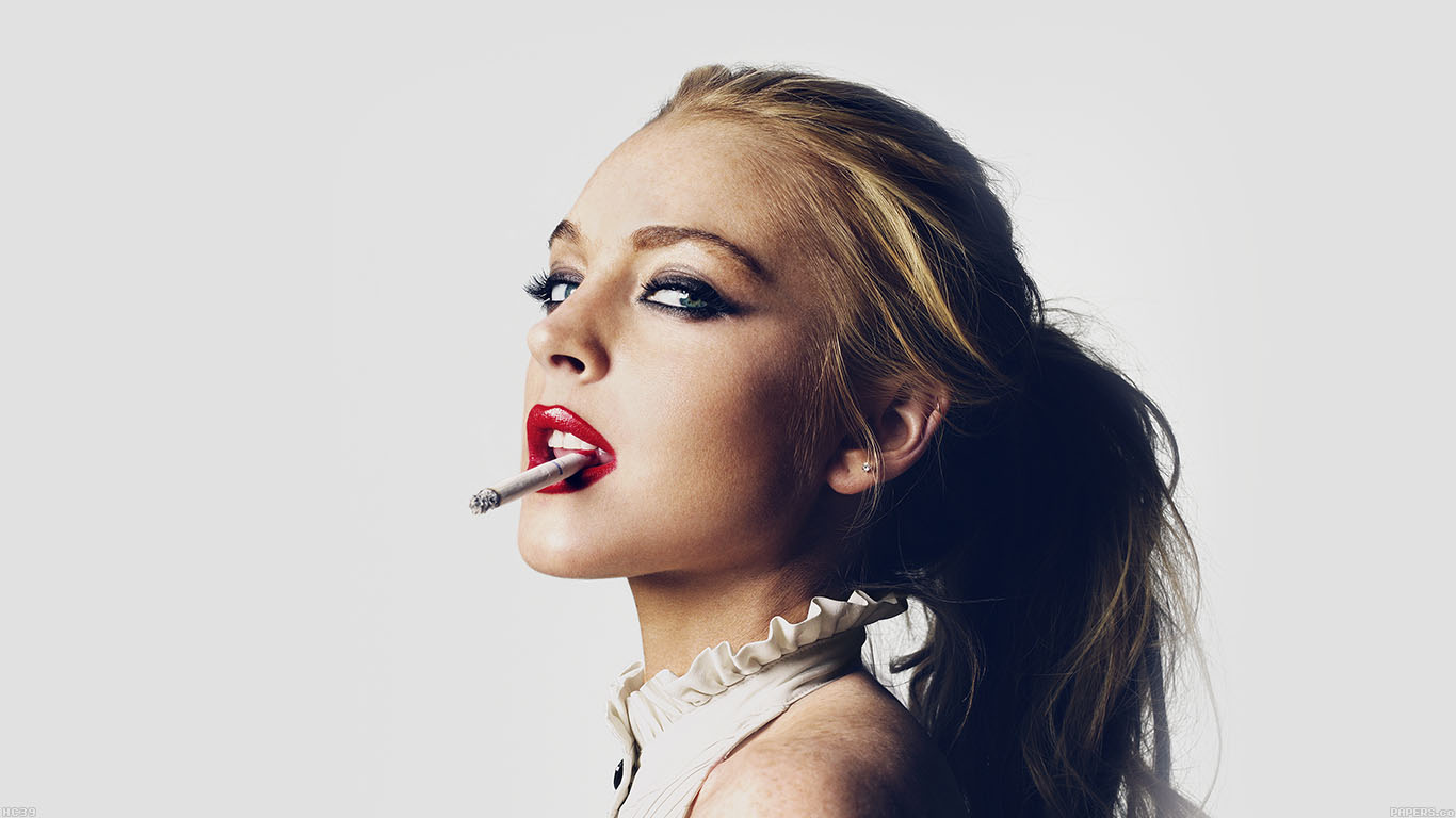 iPapers.co-Apple-iPhone-iPad-Macbook-iMac-wallpaper-hc39-lindsay-lohan-smoking-lips-sexy-actress-celebrity-wallpaper