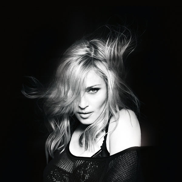 iPapers.co-Apple-iPhone-iPad-Macbook-iMac-wallpaper-hc41-madonna-singer-songwriter-sexy-dark-music