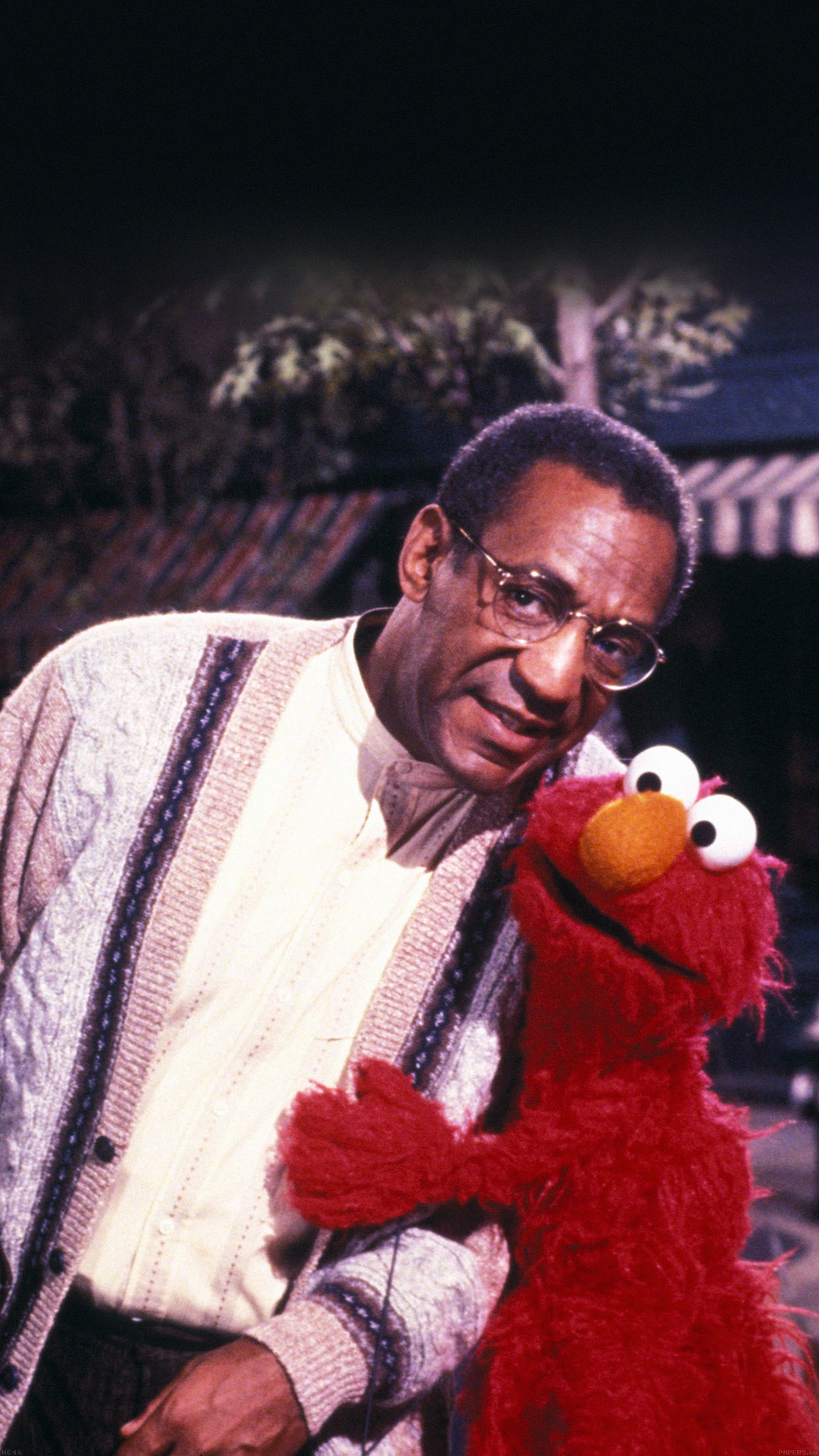 Iphone6papers Hc46 Bill Cosby With Sesame Street Elmo