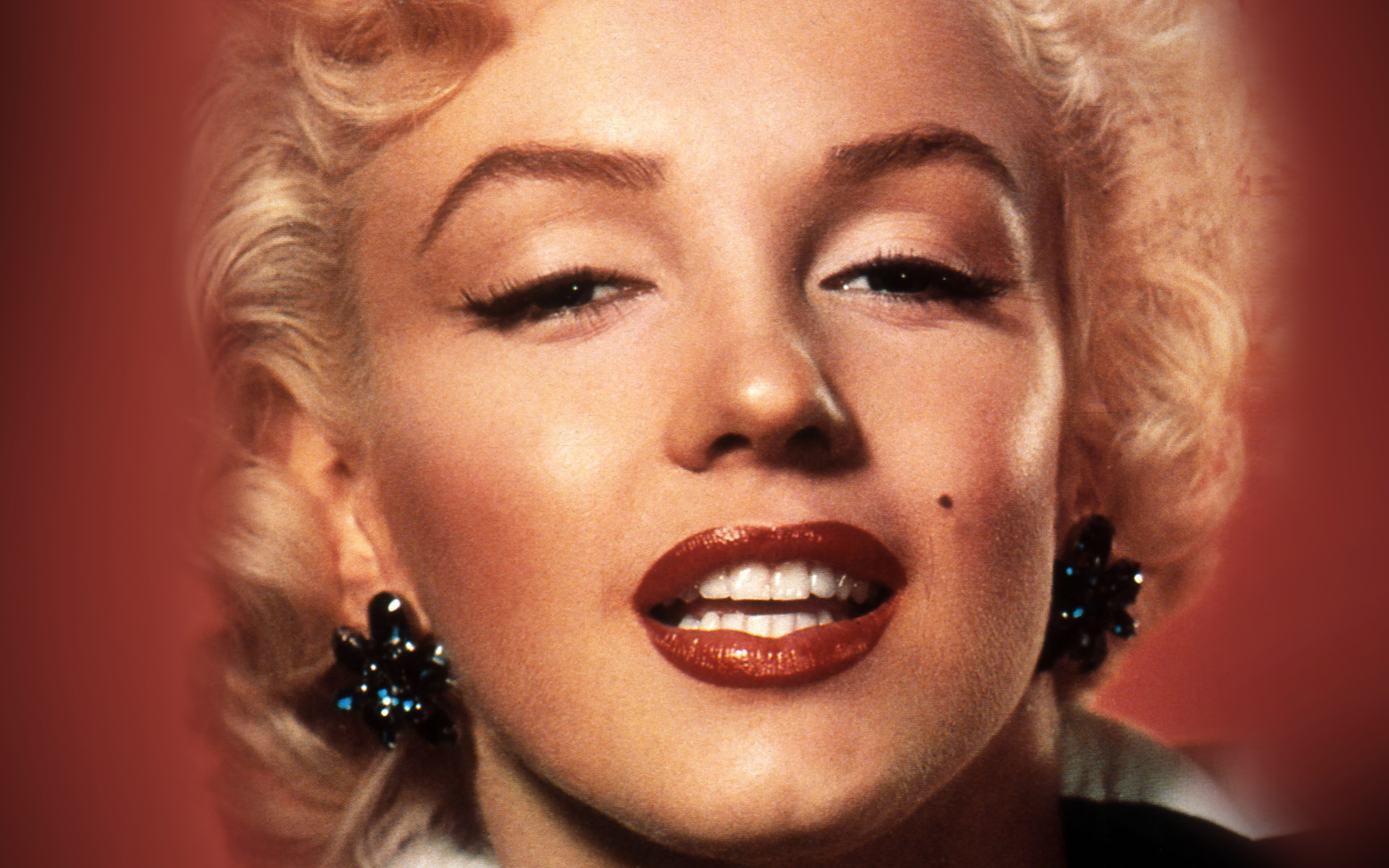 marilyn monroe role model essay