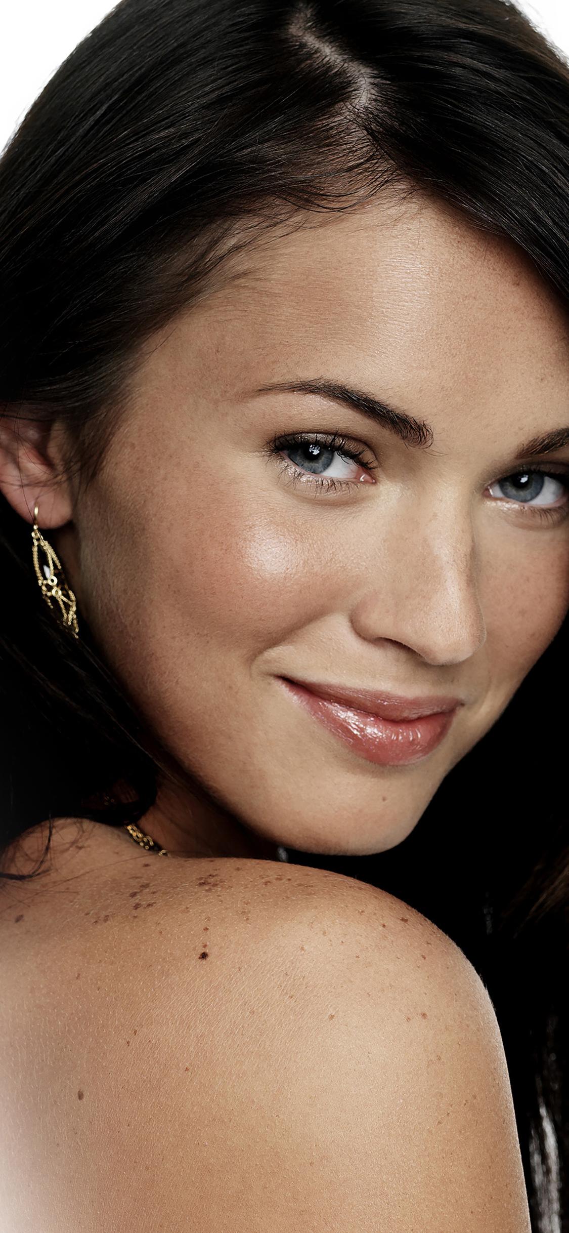 iPhoneXpapers.com-Apple-iPhone-wallpaper-hc66-megan-fox-sexy-actress