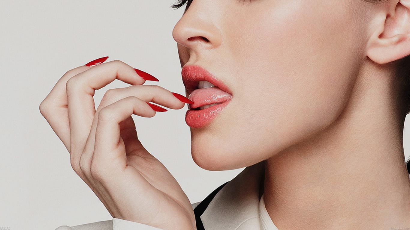 iPapers.co-Apple-iPhone-iPad-Macbook-iMac-wallpaper-hc70-megan-fox-lips-sexy-actress-celebrity-wallpaper