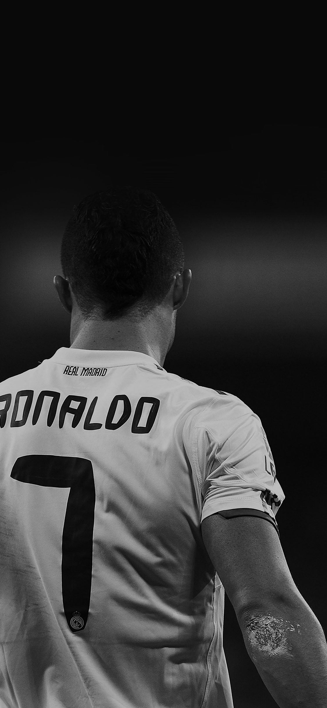 cristiano ronaldo essay Cristiano ronaldo resources for kids - learn a little about this amazing footballer, captain of portugal and forward at real madrid, and enjoy our colouring page, poster, worksheet and other fun printables.