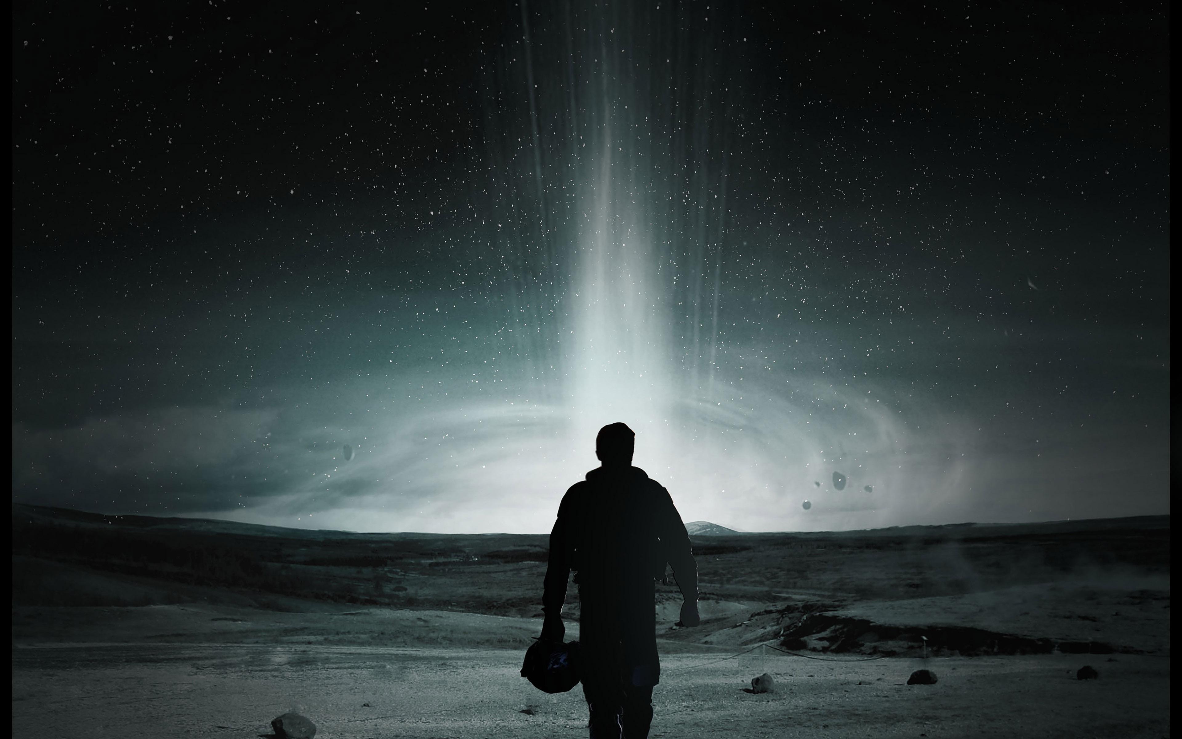 hc86-matthew-mcconaughey-interstellar-space-filme - Papers.co